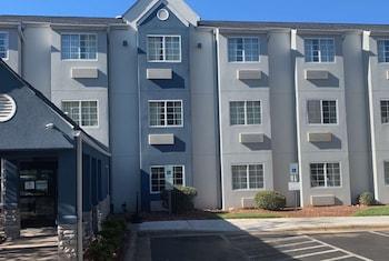 夏洛特機場溫德姆米克羅特飯店 Microtel Inn by Wyndham Charlotte Airport
