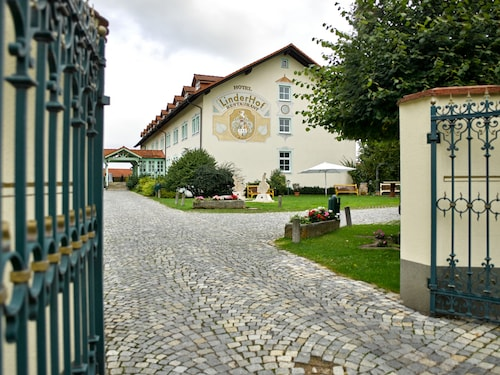 Hotel LinderHof Erfurt, Erfurt