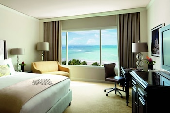 Club Room, 1 King Bed, Non Smoking, Ocean View (Club Level)