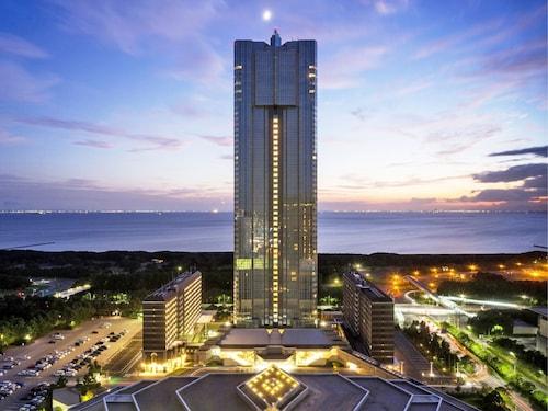 . Apa Hotel And Resort Tokyo Bay Makuhari