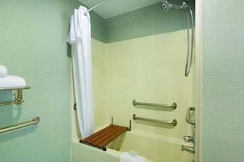 1 Queen Bed Premium Suite