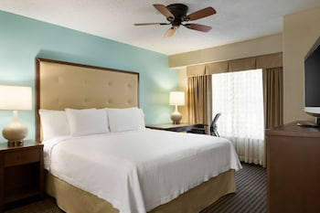 Suite, 1 Queen Bed with Sofa bed, Accessible