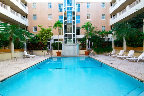 __{offers.Best_flights}__ Rodeway Inn South Miami Coral Gables