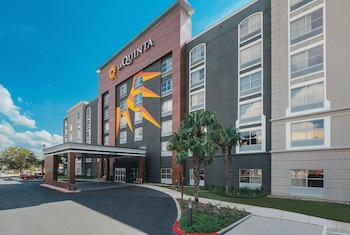 Hotel - La Quinta Inn & Suites by Wyndham San Antonio Downtown