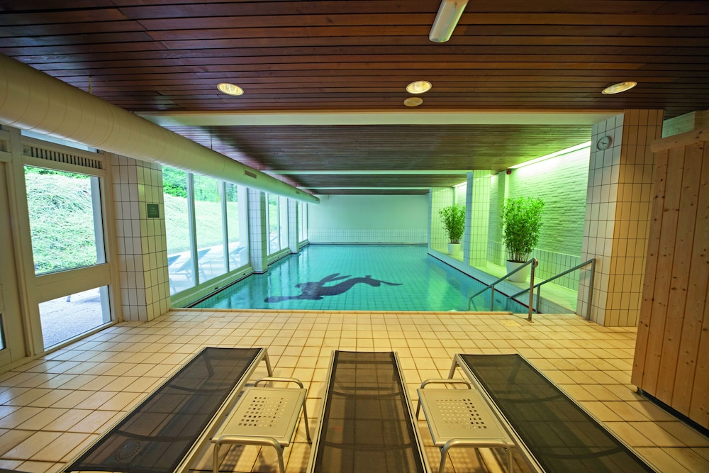 Pool : Indoor Pool 2 of 77