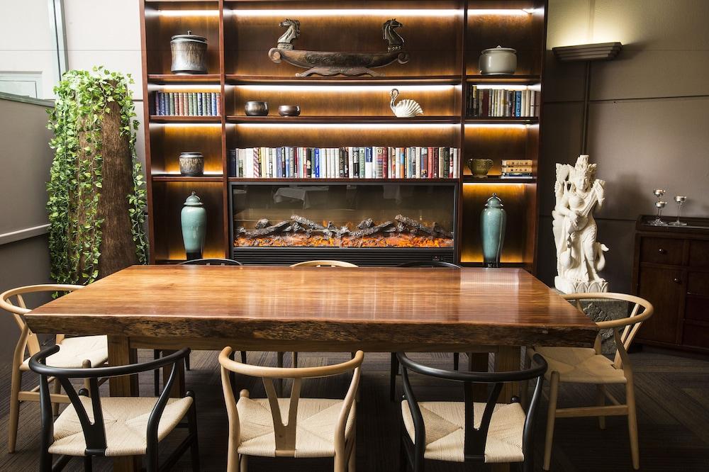 파고다 리조트 & 스파(Pagoda Resort & Spa) Hotel Image 29 - Dining