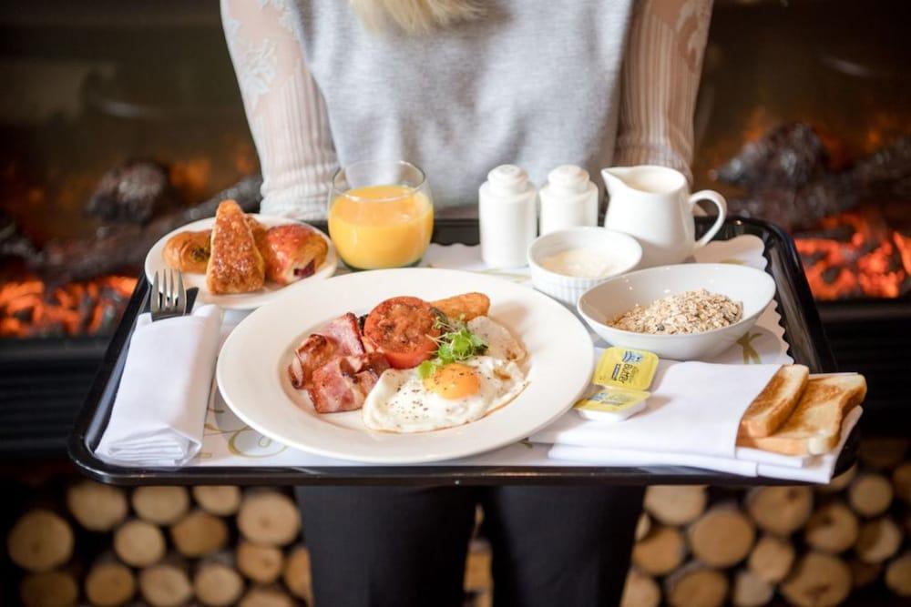파고다 리조트 & 스파(Pagoda Resort & Spa) Hotel Image 33 - Breakfast Meal