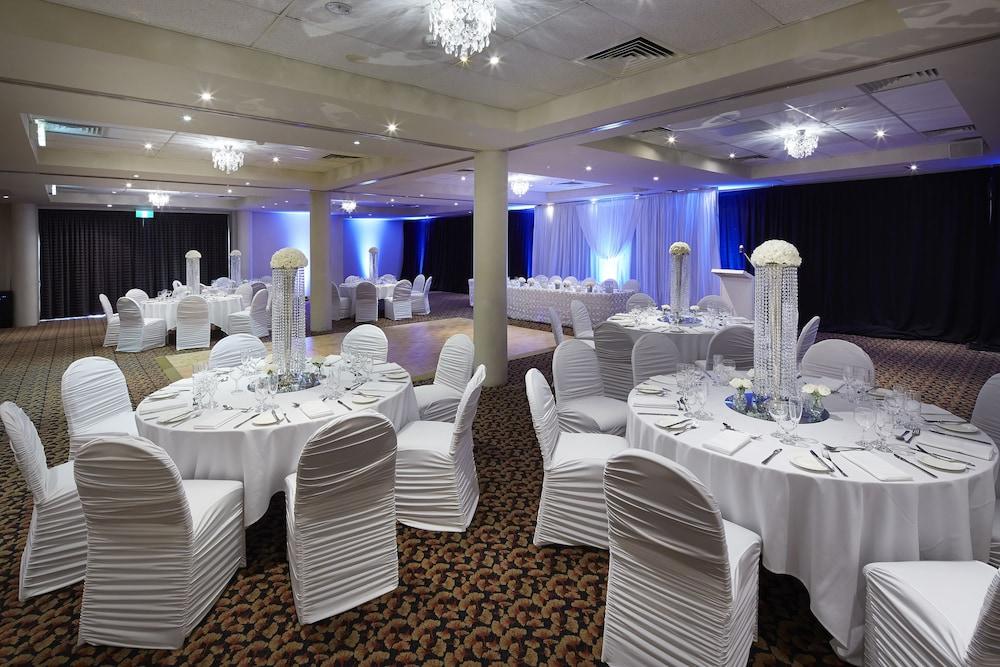 파고다 리조트 & 스파(Pagoda Resort & Spa) Hotel Image 39 - Indoor Wedding
