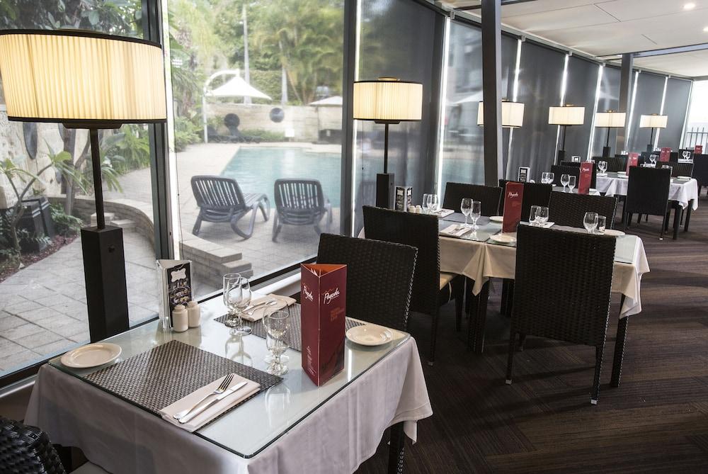 파고다 리조트 & 스파(Pagoda Resort & Spa) Hotel Image 31 - Restaurant