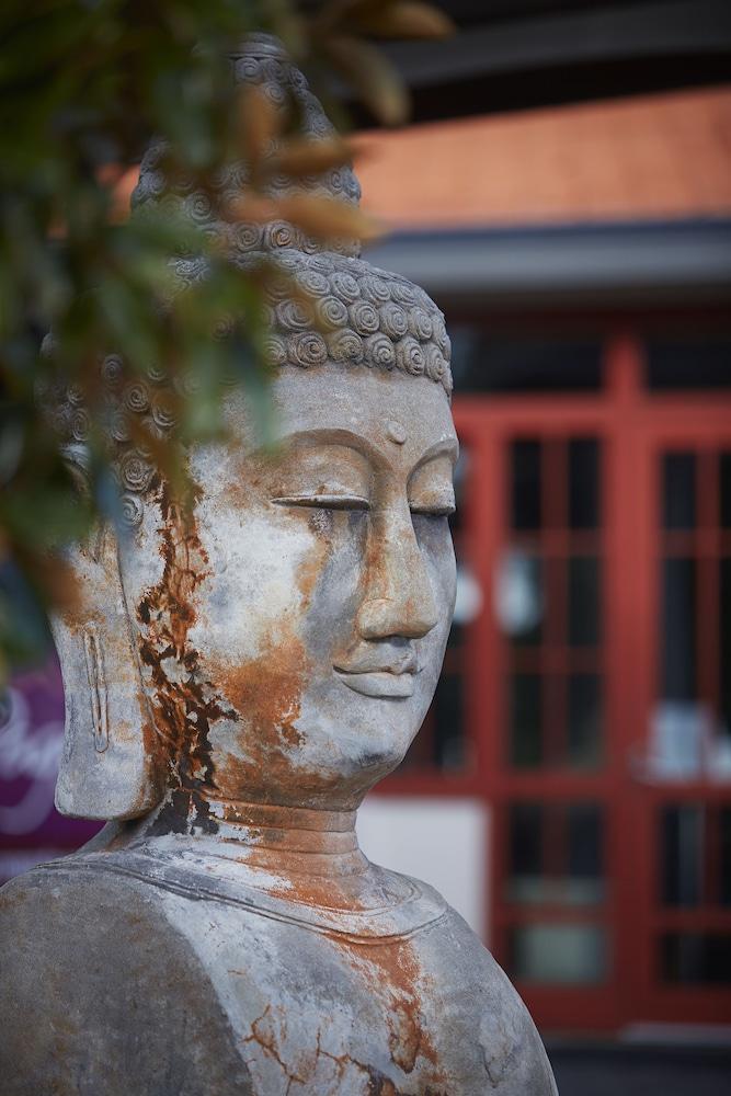 파고다 리조트 & 스파(Pagoda Resort & Spa) Hotel Image 3 - Exterior detail