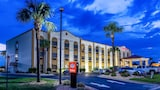 Comfort Suites near Robins Air Force Base
