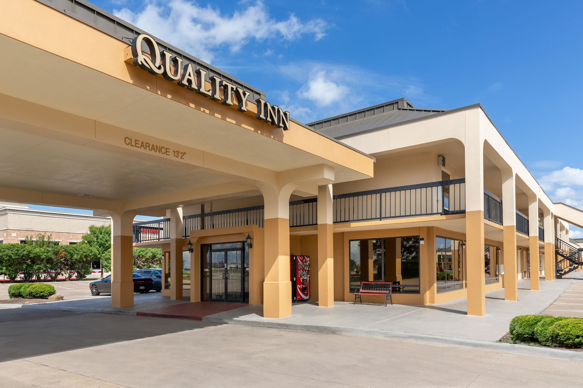 Quality Inn at Arlington Highlands, Tarrant