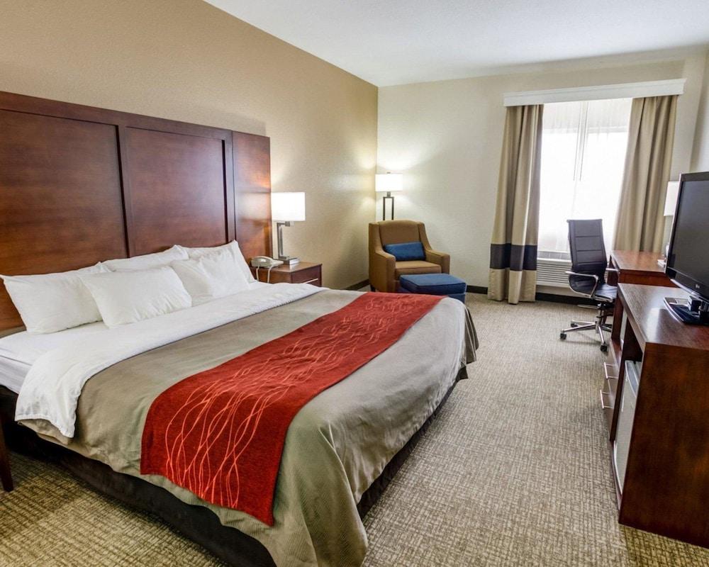컴포트 인 커니 - 리버티(Comfort Inn Kearney - Liberty) Hotel Image 8 - Guestroom