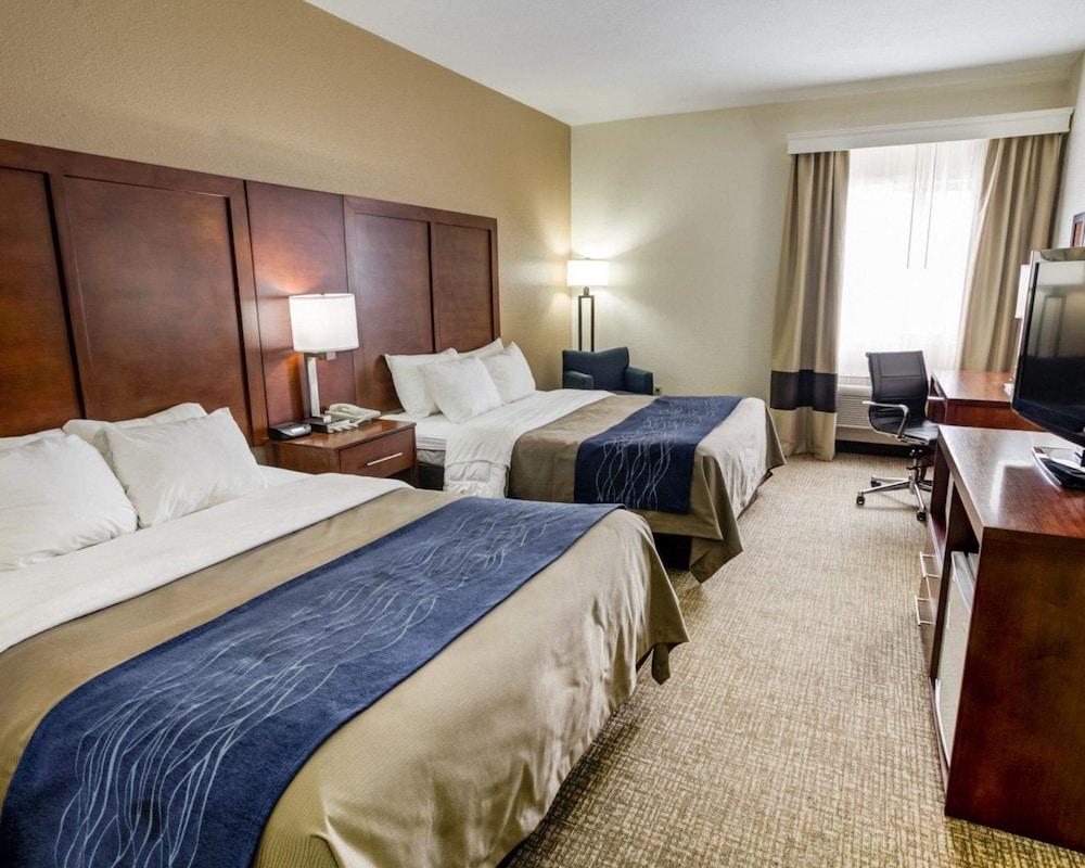컴포트 인 커니 - 리버티(Comfort Inn Kearney - Liberty) Hotel Image 9 - Guestroom