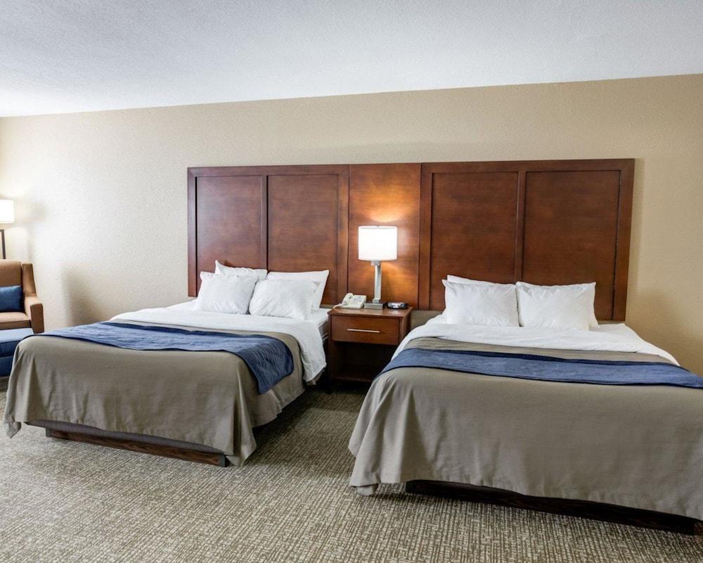 컴포트 인 커니 - 리버티(Comfort Inn Kearney - Liberty) Hotel Image 17 - Guestroom