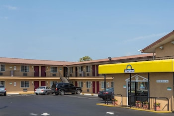 Hotel - Days Inn by Wyndham Portland Central