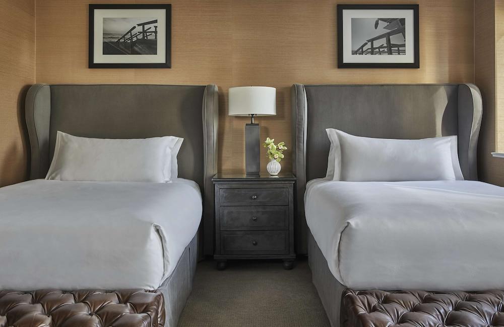 https://i.travelapi.com/hotels/1000000/430000/423500/423484/303a6646_z.jpg