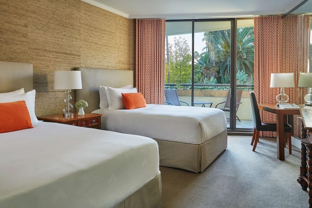 https://i.travelapi.com/hotels/1000000/430000/423500/423484/e1eeb01b_z.jpg