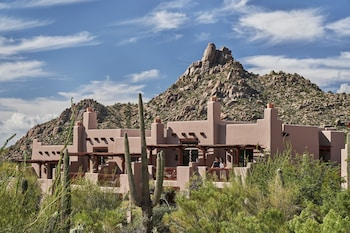Hotel - Four Seasons Resort Scottsdale at Troon North