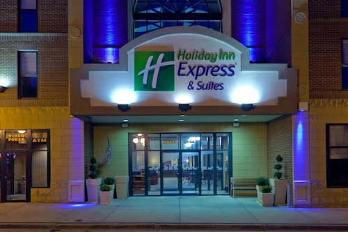 . Holiday Inn Express Hotel & Suites Deadwood-Gold Dust Casino, an IHG Hotel