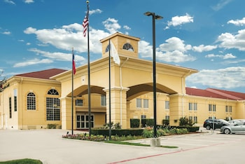 Hotel - La Quinta Inn & Suites by Wyndham Dallas - Las Colinas
