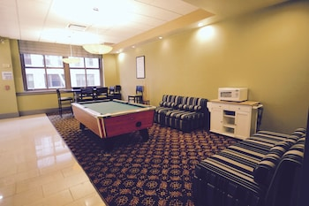 Holiday Inn Express Cleveland Downtown - Featured Image  - #0