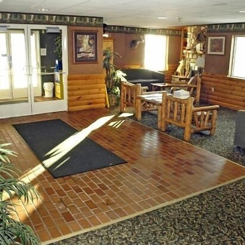 . Pellston Lodge