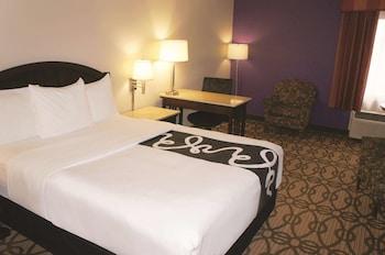 Suite, 1 Queen Bed, Non Smoking
