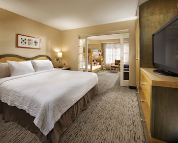 Two Room Kid Suite