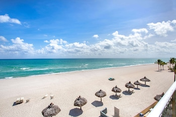 雷鳥海灘渡假村溫德姆戴斯飯店 Days Hotel by Wyndham Thunderbird Beach Resort