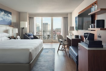 Room (Stay Well, Water View)