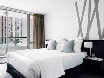 Superior Apartment, 2 Bedrooms, Balcony (Floors 4-19, Kitchen)