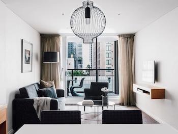 Superior Suite, 1 Bedroom, Balcony (Floors 4-9, Kitchen)