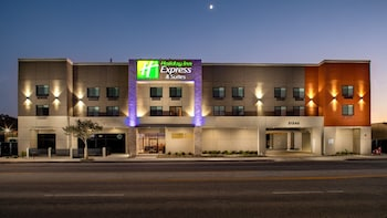查茨沃斯智選假日套房飯店 Holiday Inn Express & Suites Chatsworth