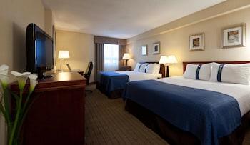 Room, 2 Queen Beds, Non Smoking (LEISURE)