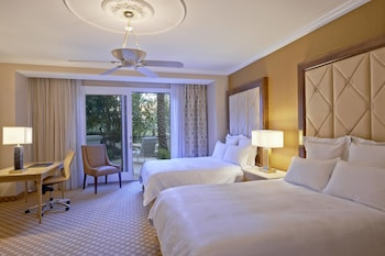 Guestroom at JW Marriott Las Vegas Resort & Spa in Las Vegas