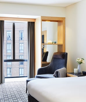 Superior Room, 1 King Bed, View