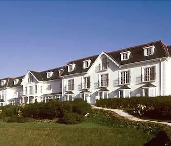 Hotel - Bayview Hotel
