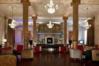 Hotel - Savoy Hotel