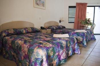 Room, 2 Double Beds, Ocean View