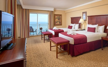 Coastal View, 2 Queen Beds