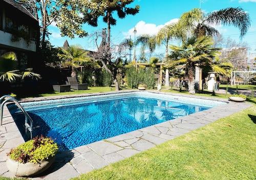 Hotel y Centro de Eventos Manquehue Las Condes, Cordillera
