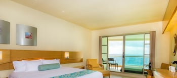 Deluxe Room Ocean View PAY FOR ONE ROOM AND GET TWO + KIDS EAT & STAY FREE