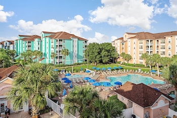 Book Grande Villas Resort in Orlando.
