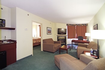 Suite, Two King Beds, Non Smoking