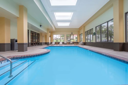 . Wingate by Wyndham Mooresville - Charlotte Metro Area