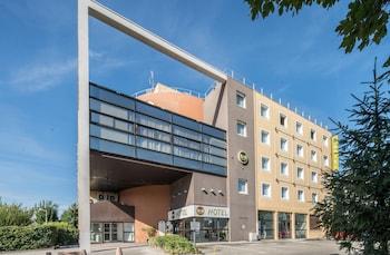 魏爾倫格勒諾布爾中心飯店民宿