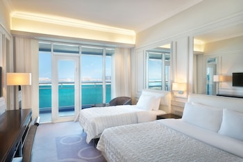 Deluxe Room, 1 Double Bed, View (island)