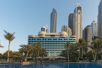 Hotel - Le Meridien Mina Seyahi Beach Resort & Marina