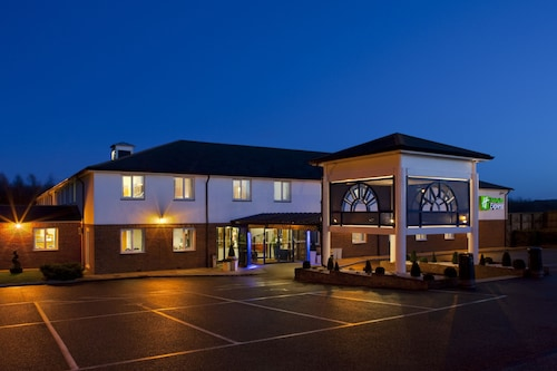 . Holiday Inn Express Canterbury